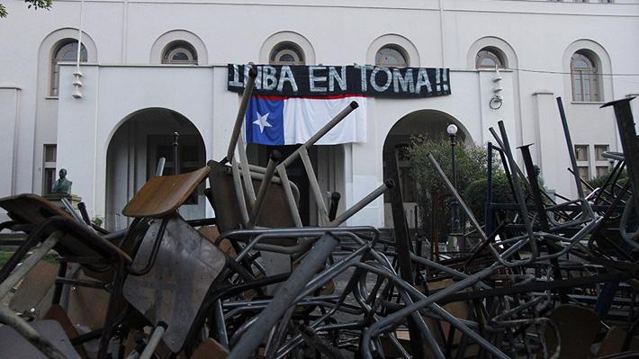 Fiscalía decide no perseverar en investigación por toma y destrozos en el INBA de 2016