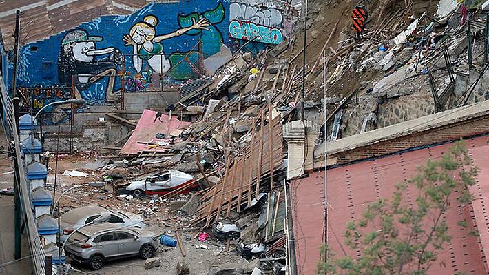 Casi un centenar de inmuebles con orden de demolición siguen habitados en Valparaíso