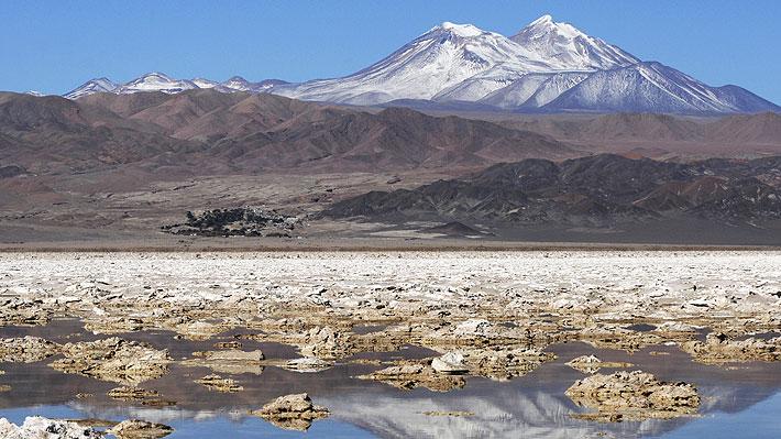 """La realidad de la producción de cobre y litio: """"Las joyas de la corona de Chile"""", un país genéticamente minero"""