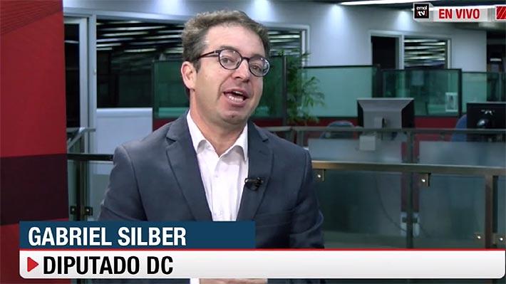 """Reducción de jornada laboral: Silber (DC) pide al Gobierno y al PC dejar el """"gallito político"""" para llegar a un acuerdo"""