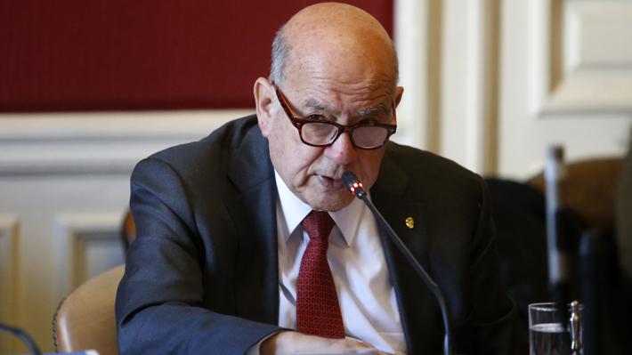 """Insulza reitera rechazo hacia """"insultos"""" de la vocera de Gobierno al PS: """"Tenía un libreto preparado"""""""