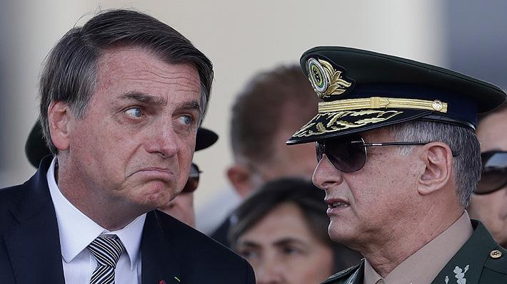 Bolsonaro estudia enviar militares a la Amazonía brasileña para combatir los incendios