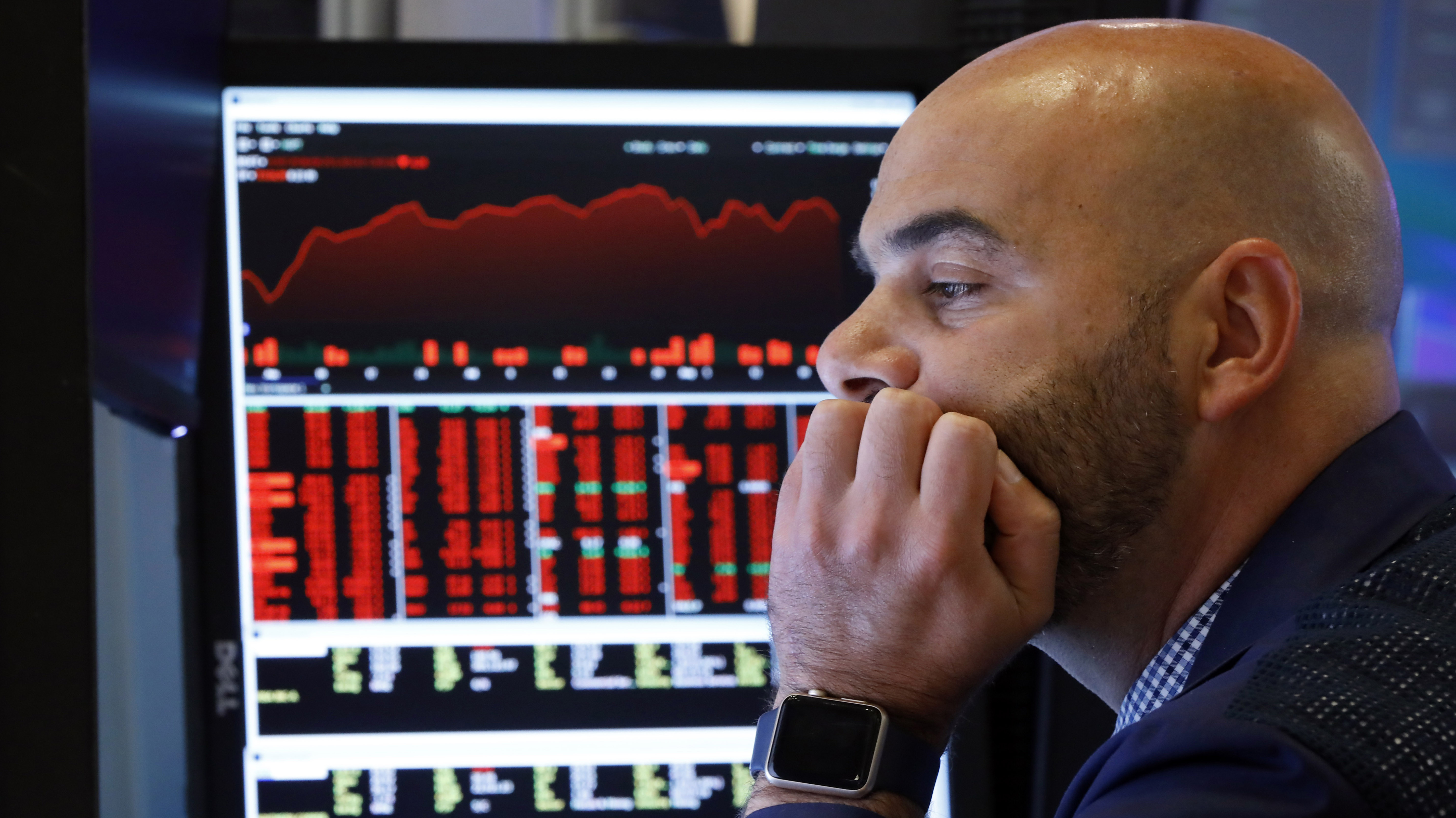 Wall Street se hunde después de que Trump pida a empresas de EE.UU. dejar China