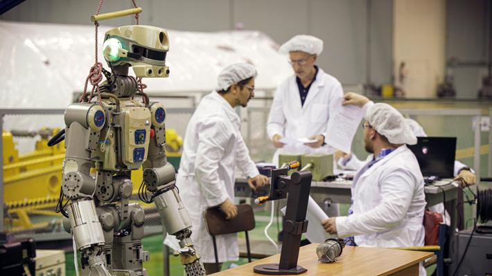Nave con robot humanoide ruso se acopló con éxito a la Estación Espacial Internacional en segundo intento