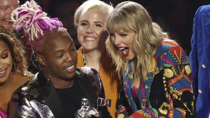 """Taylor Swift gana el premio al mejor video del año en los MTV Video Music Awards y Rosalía se lleva la categoría """"Latino"""""""