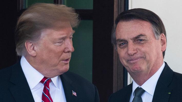 """Trump entrega total respaldo a Bolsonaro por incendios en la Amazonía: """"Está trabajando muy duro"""""""