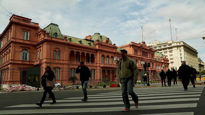 Riesgo país de Argentina se dispara hasta niveles máximos en 14 años