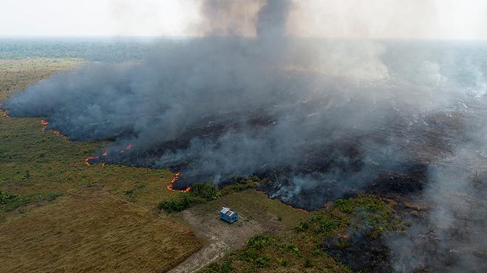Bolsonaro decreta la suspensión de quemas en todo Brasil para frenar los incendios en el Amazonas