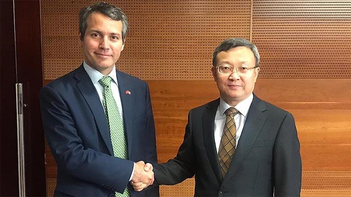 Gobierno detalla impacto para las exportaciones chilenas tras reunirse con negociador clave de China en la guerra comercial