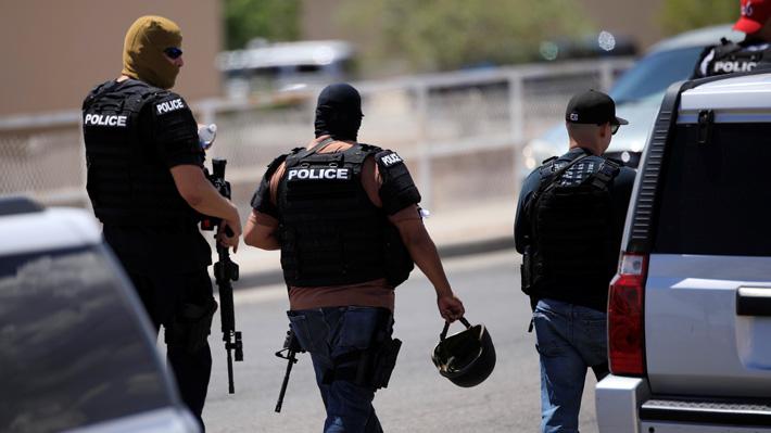Policía de Texas eleva a cinco el número de muertos y a 21 el de heridos tras tiroteo