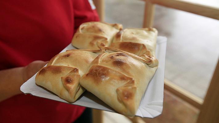 Eligen la mejor empanada del año en Santiago: Conoce qué local se quedó con el reconocimiento