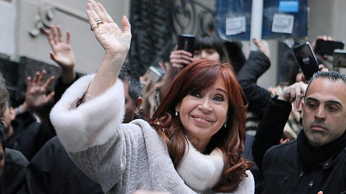 """Cristina Fernández reaparece y acusa a Macri de dejar a Argentina en una situación """"casi inmanejable"""""""