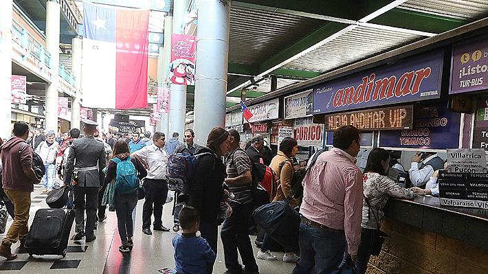 Precios de pasajes para Fiestas Patrias suben al doble en bus y hasta se cuadruplican en avión