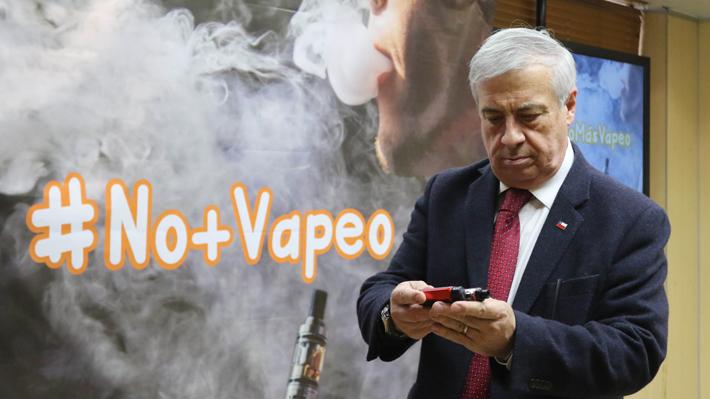 """Proyecto sobre vapeadores los regula igual que a los cigarrillos: """"Por la puerta de atrás buscan introducir la nicotina"""""""