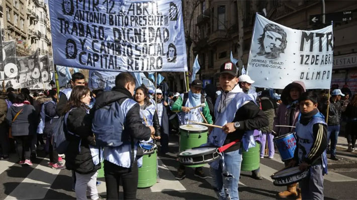 Reportan diversos cortes de tránsito en Argentina debido a protesta para exigir ley alimentaria