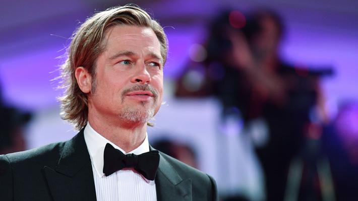 Brad Pitt admite que pasó más de un año en Alcohólicos Anónimos tras su separación de Angelina Jolie