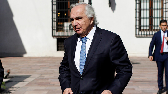 """Chadwick defiende reacción del Presidente ante dichos de Bolsonaro a Bachelet: """"Critican cualquier cosa"""""""