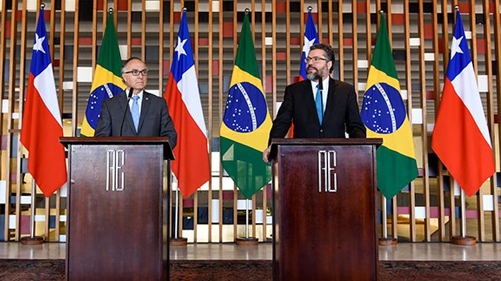 """Cancilleres de Chile y Brasil se reúnen y omiten polémica de Bolsonaro: """"Las relaciones trascienden los Gobiernos"""""""