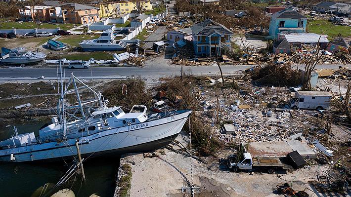 Número de muertos sigue en aumento en Bahamas tras devastador paso de Dorian: Ahora azota a EE.UU.