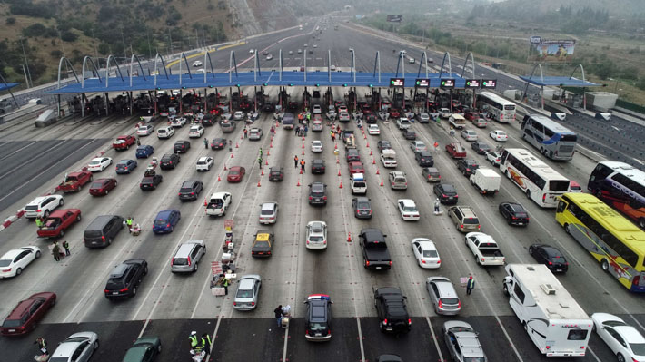 Telepeajes tendrán su mayor desafío con la salida del 40% de autos de Santiago en Fiestas Patrias