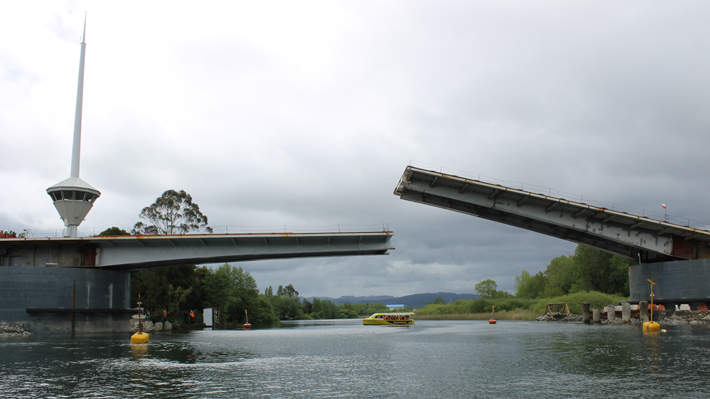 Empresa Constructora Del Puente Cau Cau Habría Advertido Al