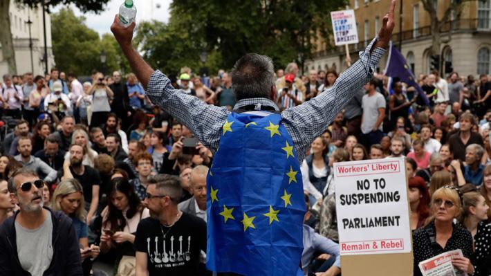 Parlamento británico queda suspendido por cinco semanas tras rechazo al adelanto electoral propuesto por Boris Johnson