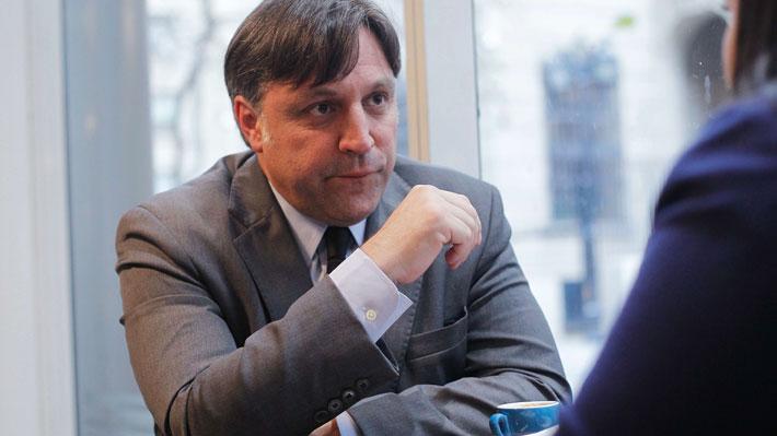 Los casos de Francisco Cox, el abogado que defenderá a Cubillos en la acusación constitucional