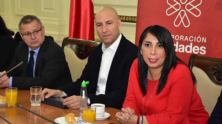 """Expertos entregan informe del eje Alameda-Providencia e Intendencia espera que sea un """"proyecto de Estado"""""""