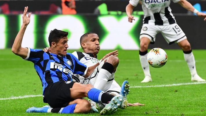 Video: La inmejorable ocasión que Alexis desperdició en su debut por el Inter