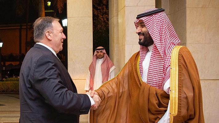 """Pompeo y príncipe saudí estudian una respuesta a """"inaceptable ataque"""": Irán """"debe rendir cuentas por su comportamiento"""""""