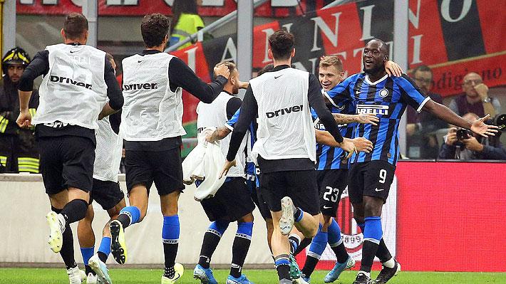 Alexis se quedó otra vez sin sumar minutos en un Inter que ganó el clásico al Milan y que lo dejó líder en solitario de la Serie A