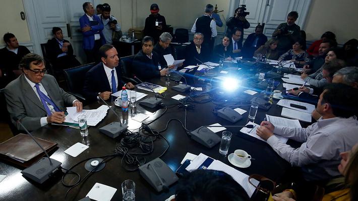 """Acusación contra Cubillos: Correa Sutil dice que solo uno de los cinco capítulos """"está formalmente bien presentado"""""""