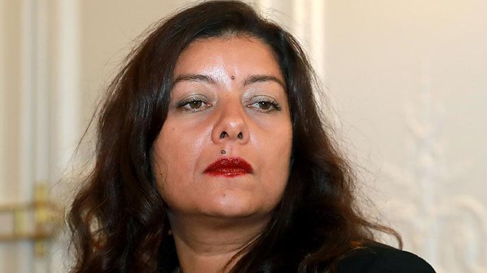 Condenan por difamación a periodista detrás del movimiento #MeToo en Francia que denunció a ex ejecutivo de acoso sexual