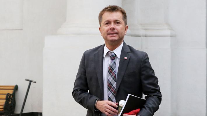 """Funcionarios de Interior piden renuncia de Salaberry y acusan """"malos tratos"""" y """"acoso laboral"""" en la Subdere"""