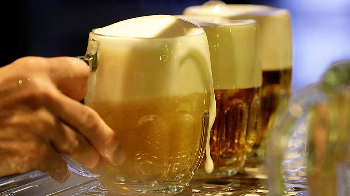 Crece tendencia a consumir cerveza sin alcohol: las razones de su atractivo y recomendaciones para tomarla