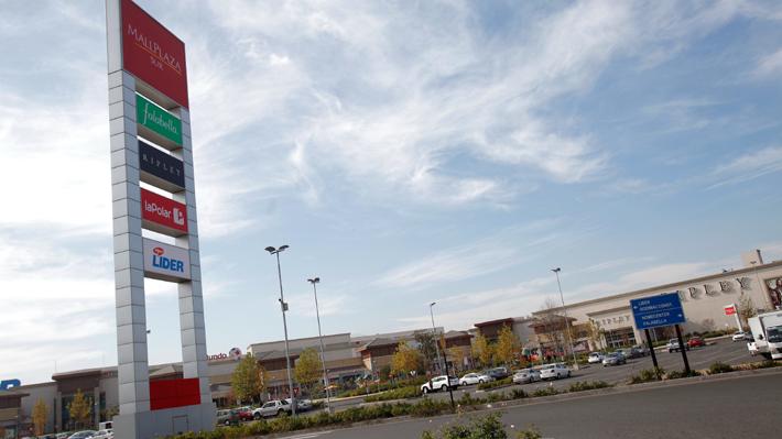 Violento asalto a local de telefonía en centro comercial termina con un detenido en San Bernardo