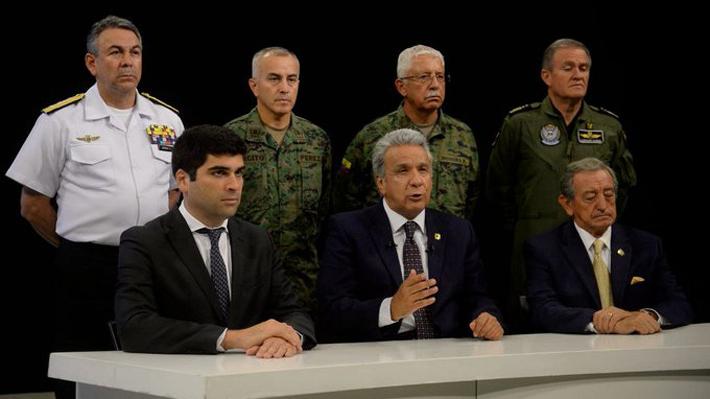 Presidente de Ecuador traslada sede de Gobierno a Guayaquil y acusa de intento de golpe de Estado a Correa y Maduro