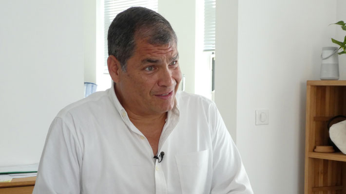 """Correa responde a las acusaciones de Moreno en Ecuador: """"Los golpistas son ellos que han roto la Constitución"""""""