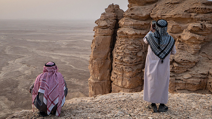 Critican a influencers por recibir dinero del Gobierno de Arabia Saudita a cambio de promocionar viajes a ese país
