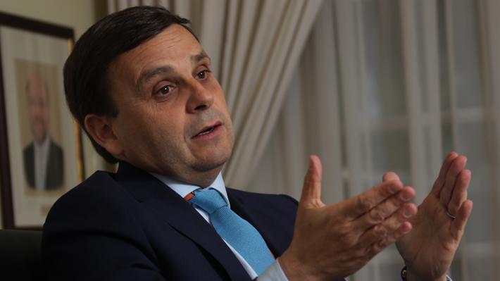 """Swett aclara que su postura a favor de retiro anticipado de fondos de pensiones es en """"caso extremo"""""""