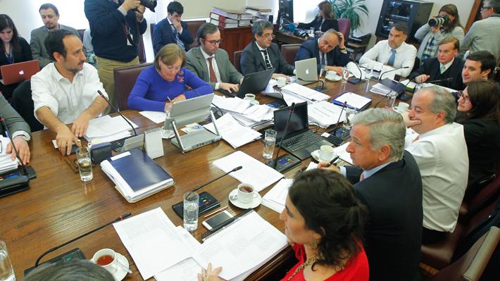 Comisión de Hacienda de la Cámara despacha reforma de pensiones a Sala tras casi un año de debate