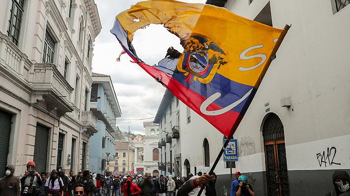 """Lenín Moreno confía en que crisis de Ecuador """"se va a solucionar pronto"""" pese a nueva jornada de violentas protestas"""