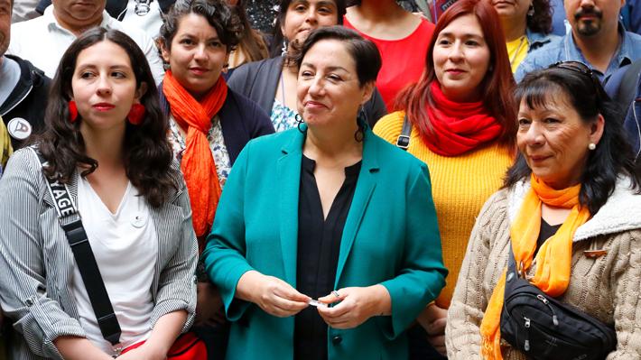 Beatriz Sánchez programa primera actividad tras asumir como vocera del FA: Liderará despliegue de RD por 37 comunas