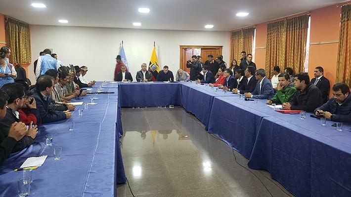 Jornada clave en Ecuador: Moreno y grupos indígenas inician mesa de diálogo para poner fin a la crisis