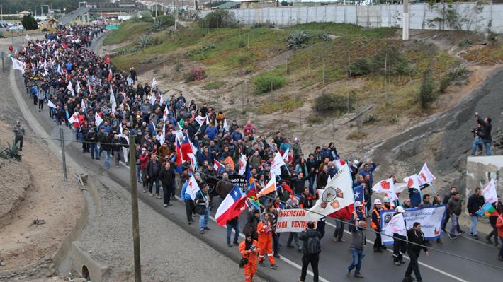 Trabajadores de Ventanas de Codelco rechazan eventual cierre de la fundición por COP25