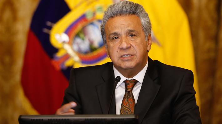 Presidente de Ecuador firma decreto que deroga oficialmente medida que llevó a Quito a su peor crisis en décadas