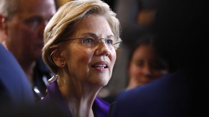 Quién es Elizabeth Warren, la nueva favorita en la carrera demócrata que busca llegar a la presidencia de EE.UU.