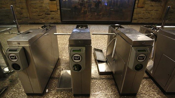 Metro no descarta que servicio se mantenga cerrado durante todo el fin de semana