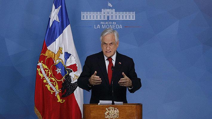 Presidente Piñera decreta estado de emergencia en las provincias de Santiago y Chacabuco tras violentos incidentes