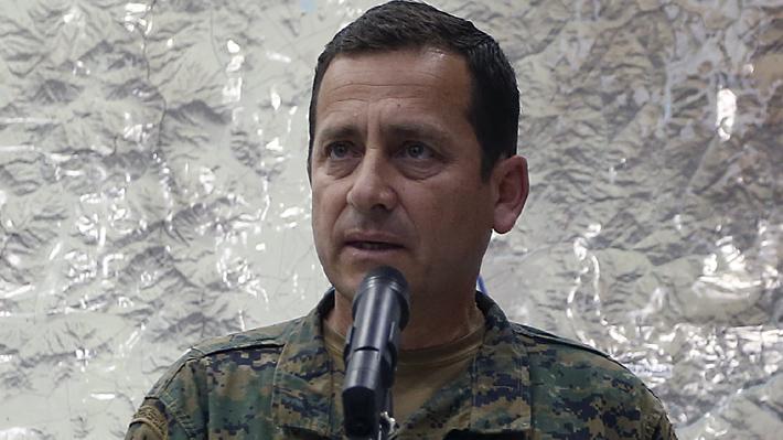 Jefe de la Defensa Nacional dice que se evaluará durante el día posible nuevo toque de queda en Santiago
